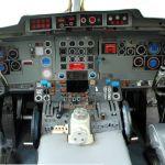Ruang Cockpit pesawat F-28