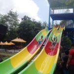 Luncuran Kolam Renang Taman Kyai Langgeng